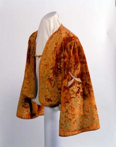 Shrine Jacket, 1920–1960. Probably American. Gift of Grant B. Romer, 88.42.151. Photograph by David Bohl.